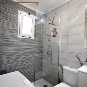 Torrevieja penthouse bathroom