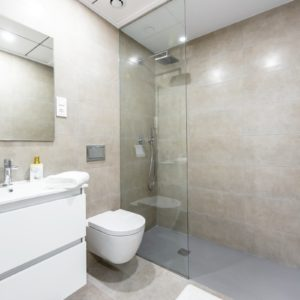 High quality tilings and under floor heating in all bathrooms
